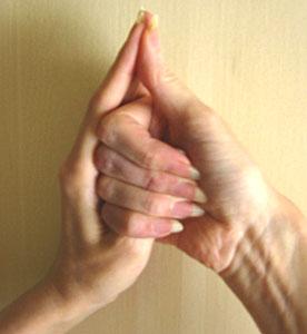 LỢI ÍCH VÀ CÁC BƯỚC CỦA ẤN SHANKH MUDRA